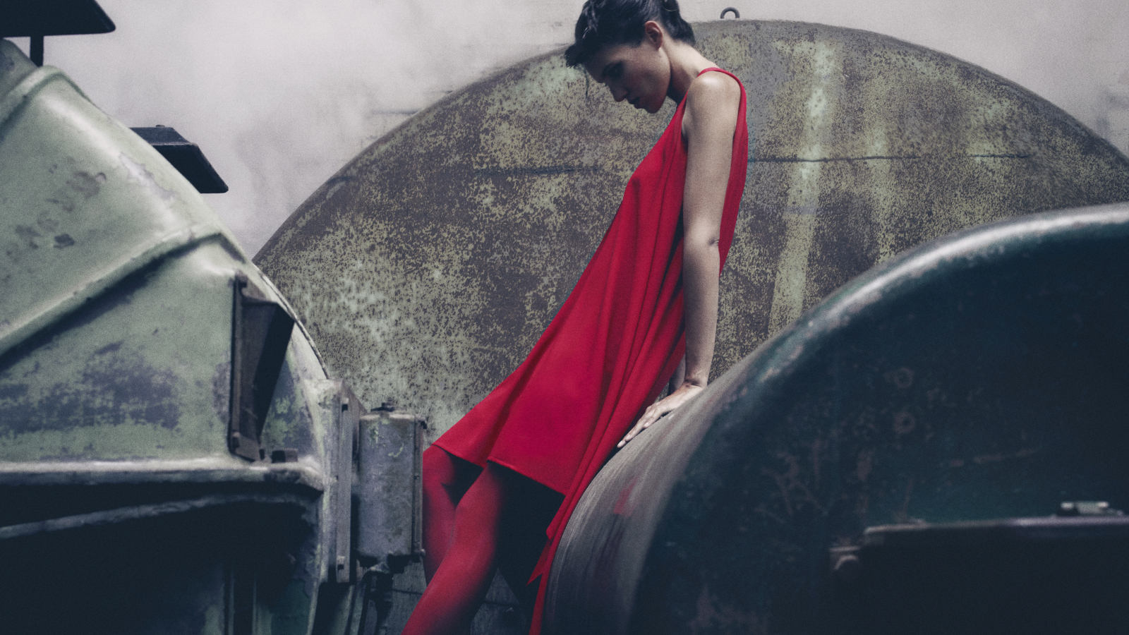 Virgin Voyages Reveals Crew Uniforms by British Designer Gareth Pugh at London Fashion Week